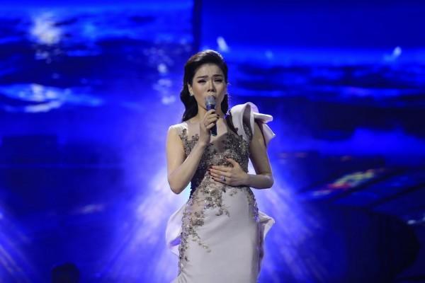 1 a0ef Lệ Quyên vẫn tiếp tục thực hiện liveshow nhạc Trịnh cho dù có nhiều tranh cãi!
