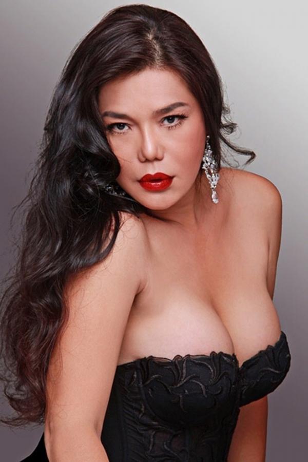 20181214114838 61ec Điểm qua số phận đầu gian truân của 4 nữ ca sĩ chuyển giới thành công nhất showbiz Việt