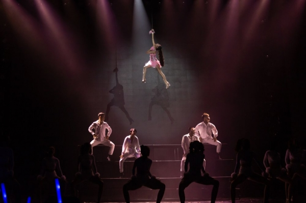 20181228102459 267c Chi Pu hứa hẹn gì khi được mời trình diễn tại đêm chung kết 'The Face 2018': 'treo mình trên cao' như trong sự kiện có Apink hay?...