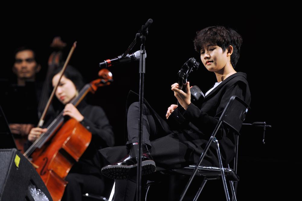 le cat trong ly hut khan gia tai monsoon bang phong cach rieng Nữ nghệ sĩ với một chất nhạc không thể trộn lẫn chuẩn bị trở lại sau 1 năm vắng bóng!